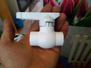 Полипропиленовый кран диаметр 20