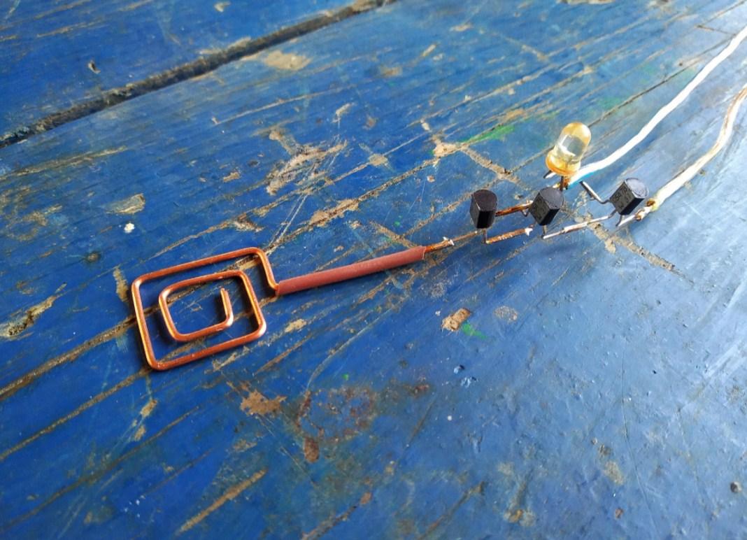 Детектор скрытой проводки в сборе