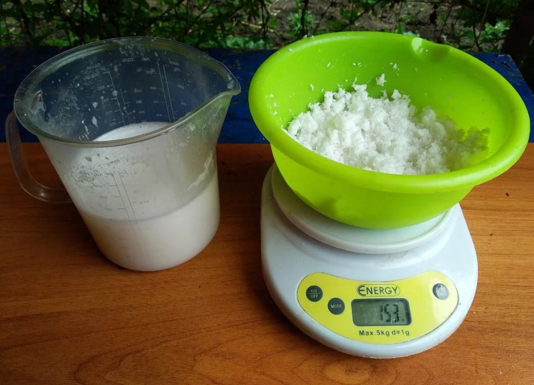 Кокосовое молоко и кокосовая стружка